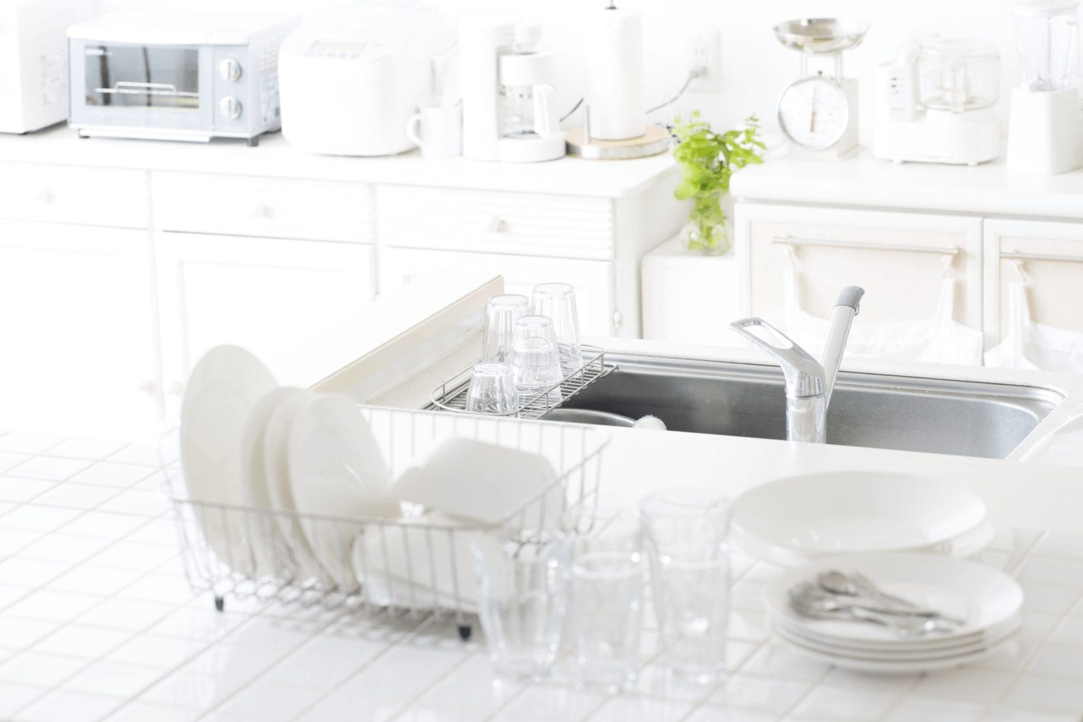 Kitchen and laundry showroom - practical kitchen cabinets and tidying solutions in Perth