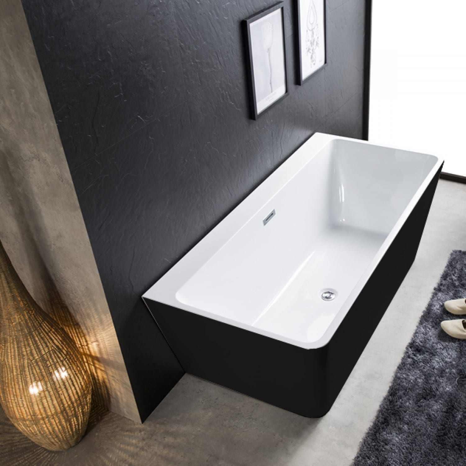 attached bathtub